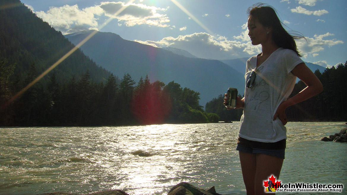 Driving to Sloquet Hot Springs - Lillooet Lake